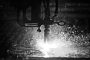 Mercado do aço e do corte a plasma no Brasil