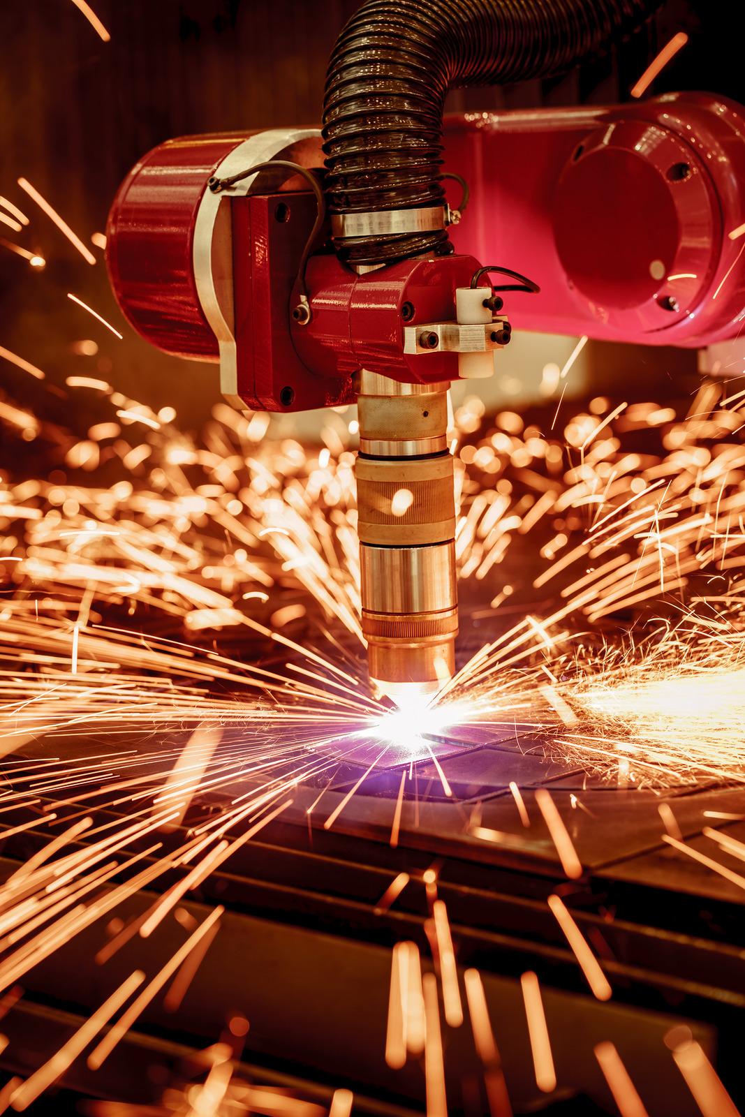 Qual a melhor máquina para corte a plasma? Veja dicas!
